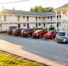 AUTOMOTIVE-Motels