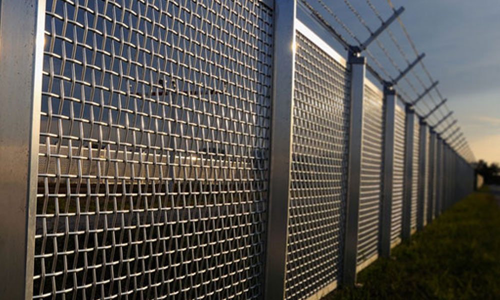 Barbed Wire Fencing 4